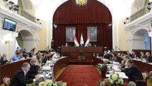 Fővárosi Közgyűlés: kormányzati támogatás közösségi közlekedésre