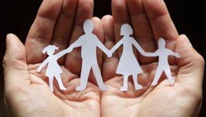 Díjmentes szociális képzés indul másfélezer szakembernek