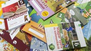 Valamennyi tankönyv elkészül határidőre