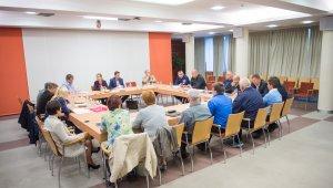 Közbiztonsági Tanács a menekültek ügyében
