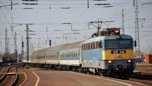 Ideiglenesen módosul a vasúti menterend
